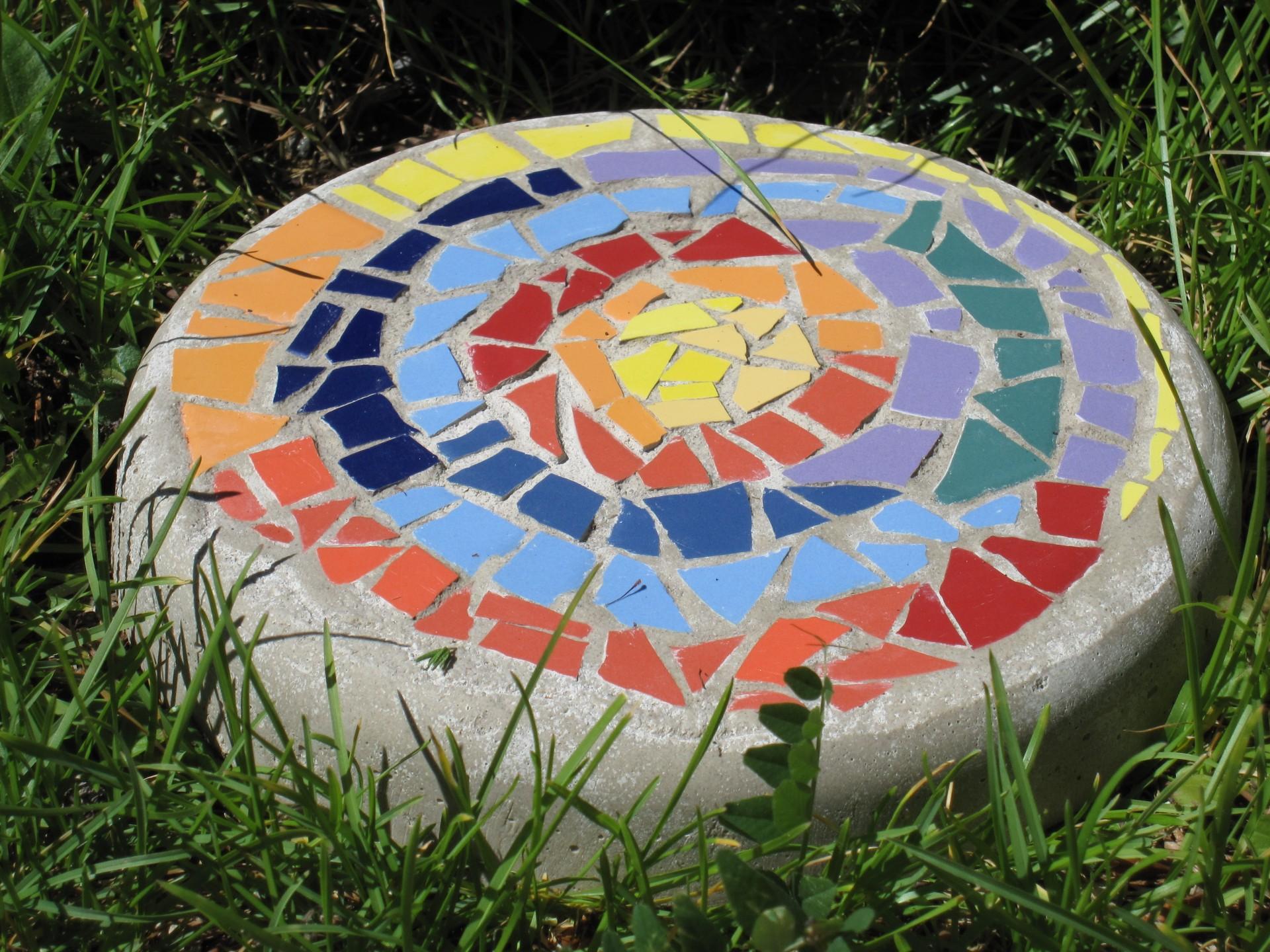 Mosaik-Findling}